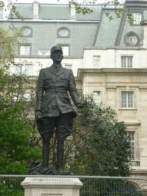 statuedegaulle